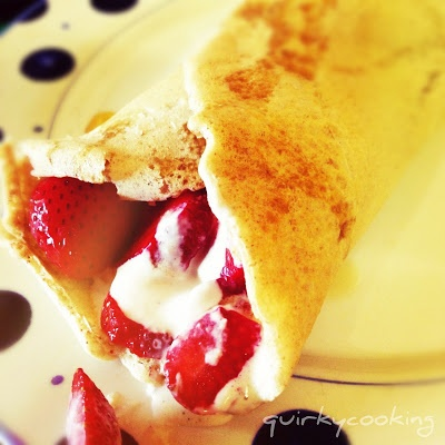 Christmas breakfast: Buckwheat & almond crepes with strawberries & cashew cream (Quirky Cooking)