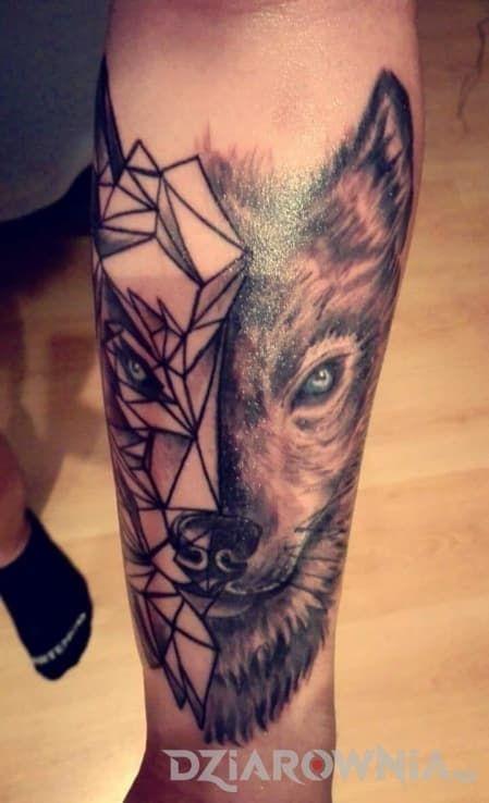 Tatuaże zwierzęta, na przedramieniu, dla mężczyzn: tatuaż 😀
