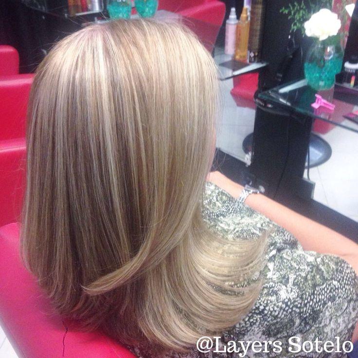 Blond iced  Rubios de hielo haz tu cita a los teléfonos 53954870 o 71597771 México @layerssotelo
