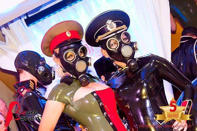@kitty_klatsch_jessica_skyheel and me in @simonolatex 😍💋 photo taken by @norman.richter at #dienachtderlatexleidenschaft  #uniform #gasmaske #gasmask #фуражка #униформа #ссср #simono #kittyklatsch #sexygirlz #fetish #latex #gestörtabergeil #crazypeople