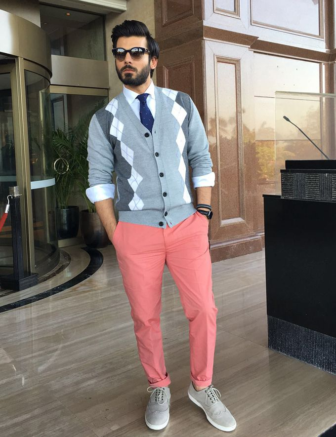 Fawad Khan Spotted In Pink On Wednesday!