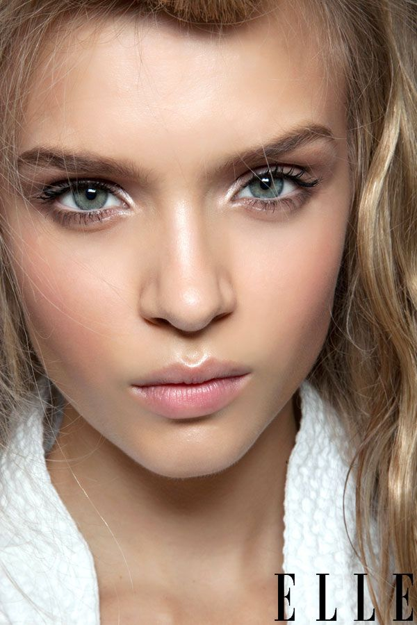 natural make up, I love it with pink lipstick for everything
