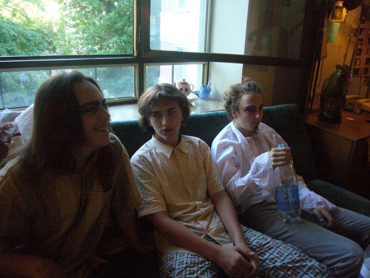Восьмой класс, 2011, гримерка перед спектаклем