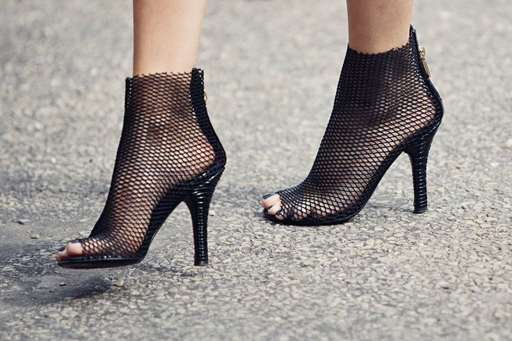 delicate: Shoes, Style, My Friends, Fashion Gone Rouge, High Heels, Nets Heels, Black, Gabanna Mesh, Mesh Boots