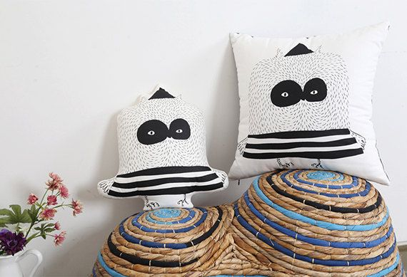 Deli Boo Pillow Covers / Owl pillow Covers by DeliTime