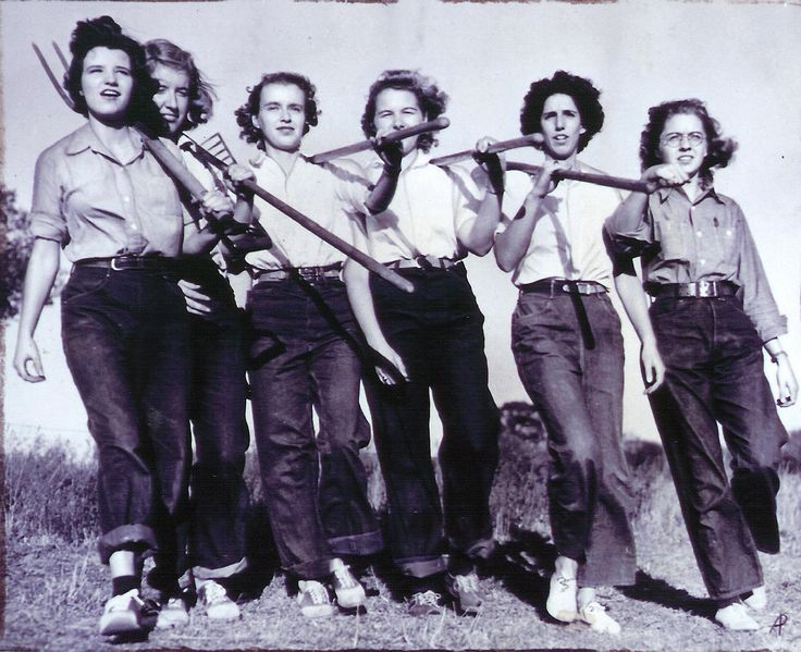 Women's Land Army of America. 1943