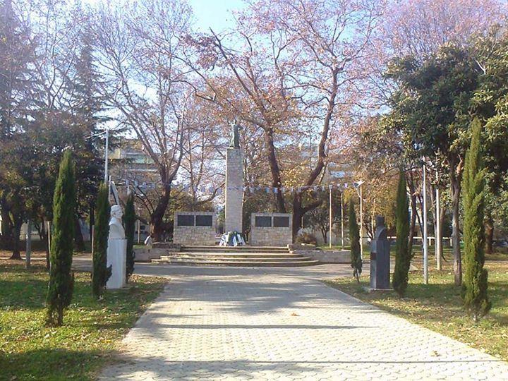 Πλατεία Ηρώων στην Έδεσσα