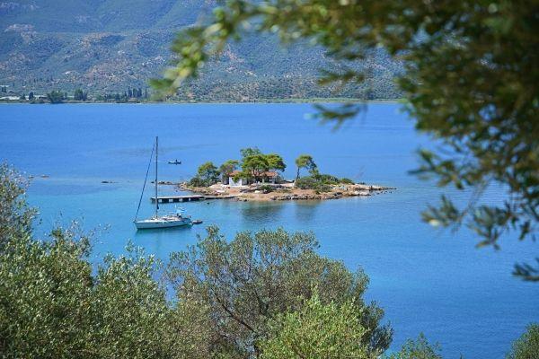 Small island off Poros