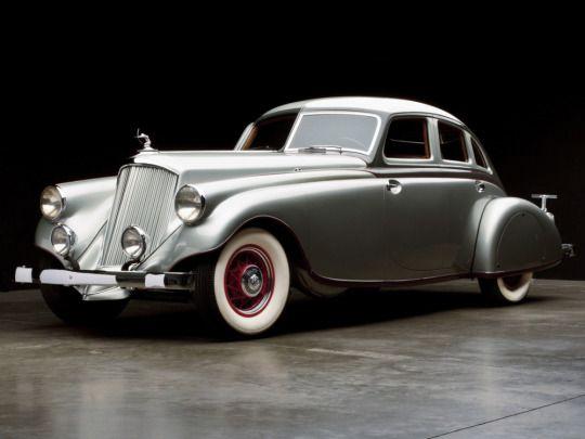 1933 Pierce-Arrow Silver Arrow / Age of Diesel
