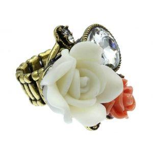 Anillo Rosas precioso.