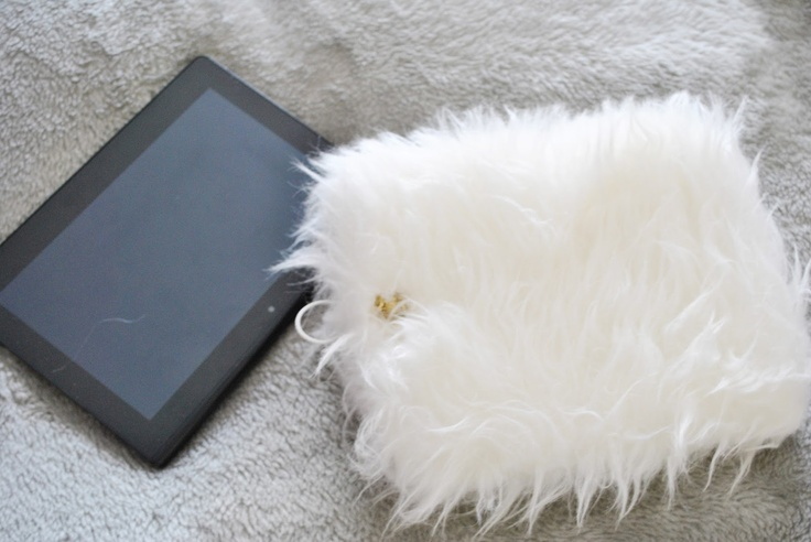 the wardrobe project.: Faux Fur Tablet Cover