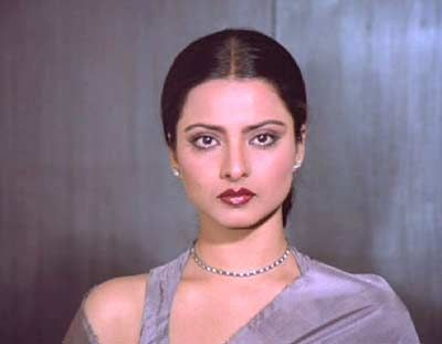 Rekha...it is criminal to be this beautiful!