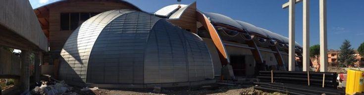 Guarda le foto della futuristica Chiesa in legno @ Città di Castello