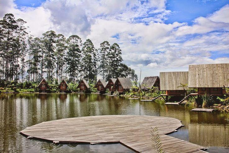 Dusun Bambu Lembang, kawasan alam yang mempunyai pemandangan gunung dan danau yang eksotis