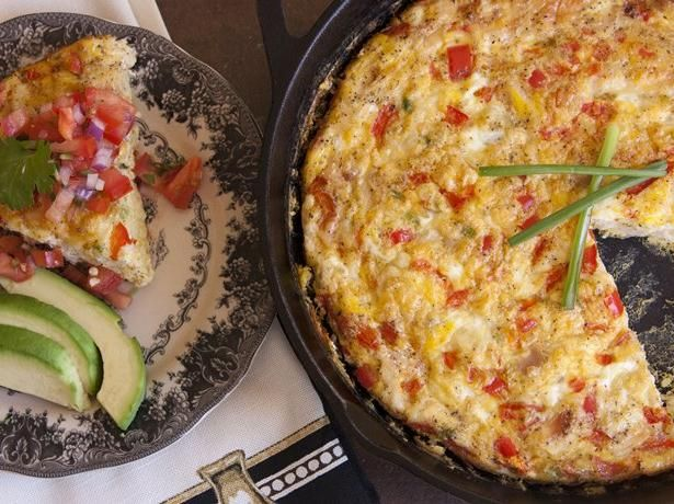Blogger Yvette Marquez of Muy Bueno bakes up a Mexican-style omelet ...