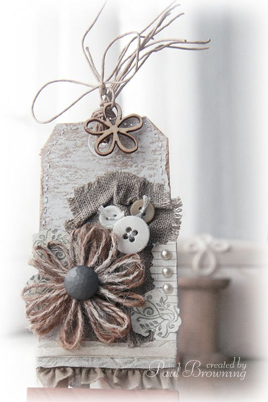 Idea to use natural materials and textures to make a scrapbooking style gift tag :-)