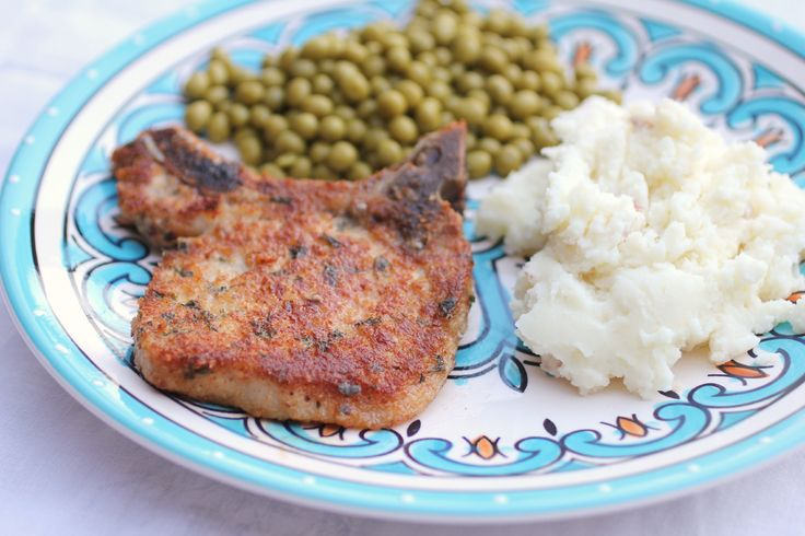 Parmesan Crusted Pork Chops - crispy on the outside, juicy on the inside, and bursting with flavor, this is one of my new favorite recipes! And it's so easy to make, anyone can do it!