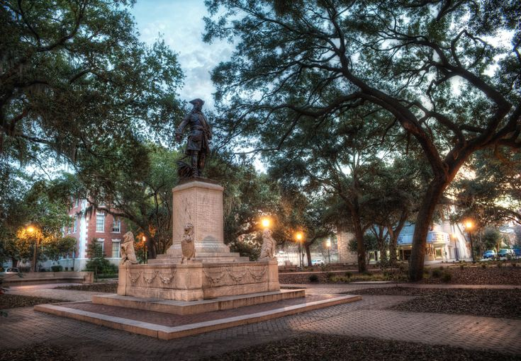 The Oglethorpe Statue in Chippewa Square, Savannah Georgia. This statue is the main focal point in Chippewa Square.