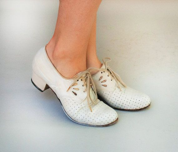 Vintage 1930s Shoes Swing Time White By