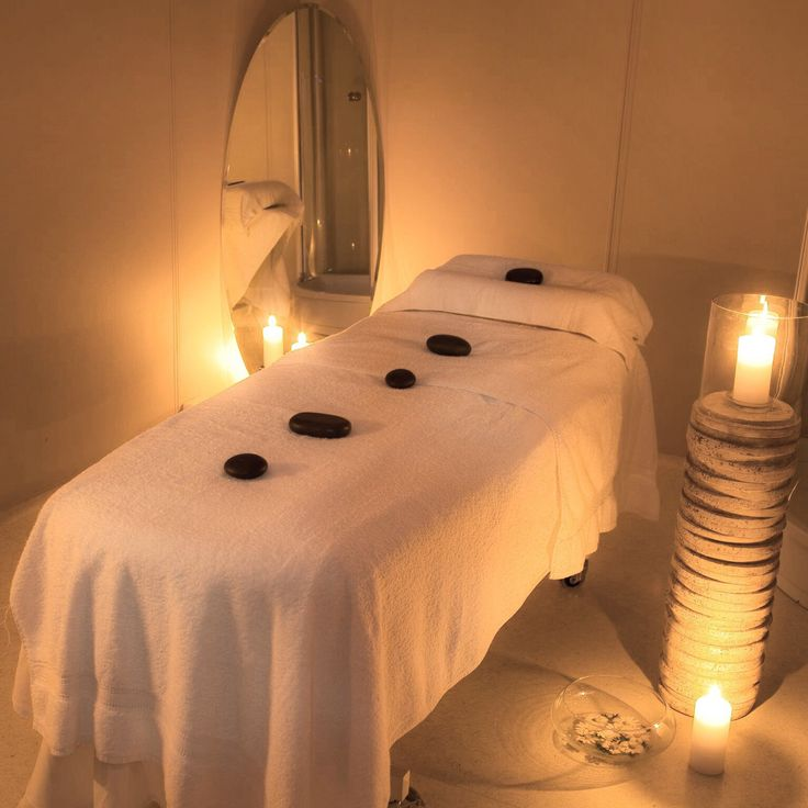 We offer 40 different spatreatments. This is one of our treatmentrooms.