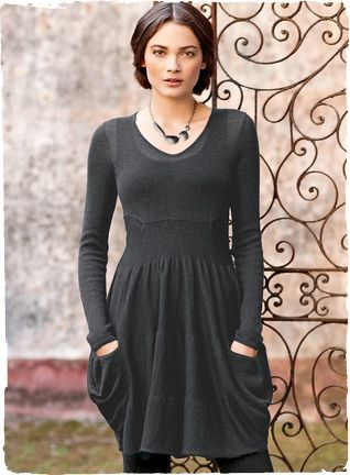 The tunic dress in ultra-light alpaca, with a fitted bodice, raised waist and slouchy draped pockets.
