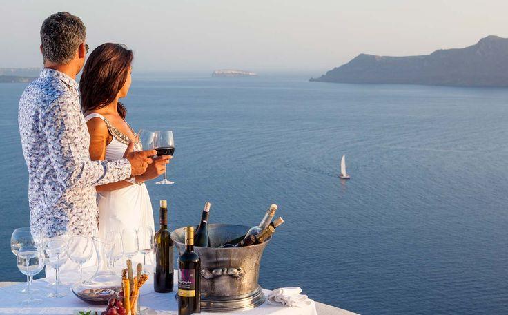 True romance on Santorini island, Greece  www.callgreece.gr