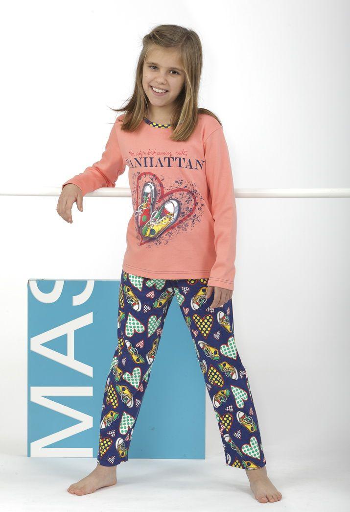 ¡Divertido pijama manhattan con estampado sneakers y corazones! El regalo perfecto :)