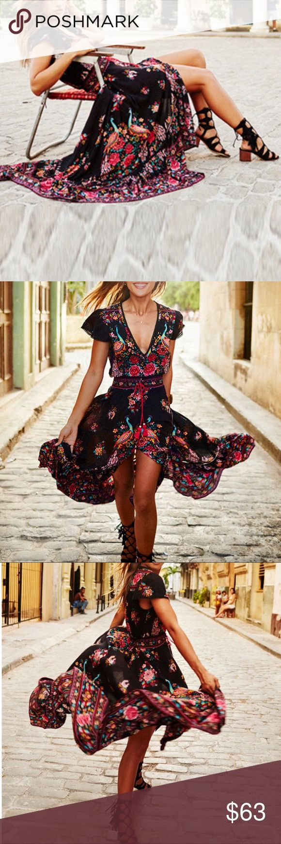 ☮️ NWT VINTAGE BOHO MAXI FLORAL DRESS☮️ ☮️ NWT VINTAGE BOHO MAXI FLORAL DRESS☮️ Lightweight and breathable maxi dress flaunting a gorgeous floral print and flowy silhouette. This fashionable staple is perfect for vibrant walks in nature and boho-chic looks on a casual day out Deep V-neck Short sleeve Self tie waist belt Slit detail on front Material: Cotton, polyester Available sizes Small to XXL (see size chart) Dresses Maxi