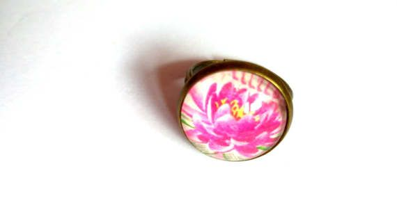 #Pink #flower #adjustable #ring #jewelry #love #statement #engagement #gift #mothersday #birthday jewelry, #glass #cabochon #colorful #spring #easter #daughter #wife #bride #friend #sister #girlfriend  jewelryagnes.etsy.com