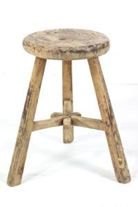 Hocker antik rund http://boheme-living.com/furniture/hocker-und-schemel.html
