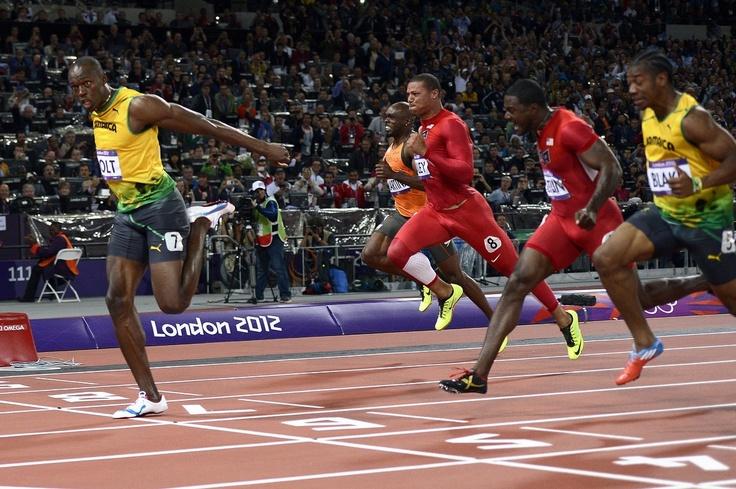 Usain Bolt remporte la finale du 100m en 9,63 secondes aux JO de Londres, le 5 août 2012.