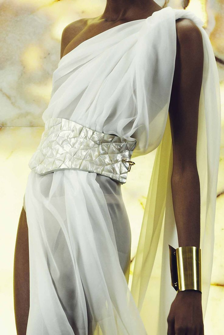 Greek style gown - details