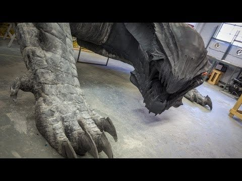Making a Life-Size Dragon! (Monster Hunter 4 Ultimate) - YouTube