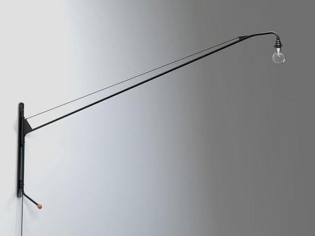 Vitra Potence lamp 1950 zwenklamp, te bevestigen aan de muur, gelakt staal, handvat = bol die draait