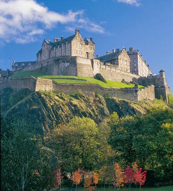 Edinburgh castle, Scotland - Love this fortress.