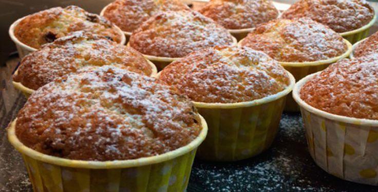 Egyszerű hóeleji mazsolás muffin! Csak pár hozzávalóra van szükség és egy kis munkakedvre!