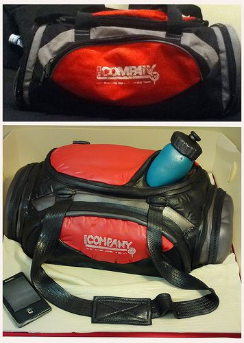 35037040 SPORTS BAG REPLICA CREATIVE CAKE ART SPORTS CAKE