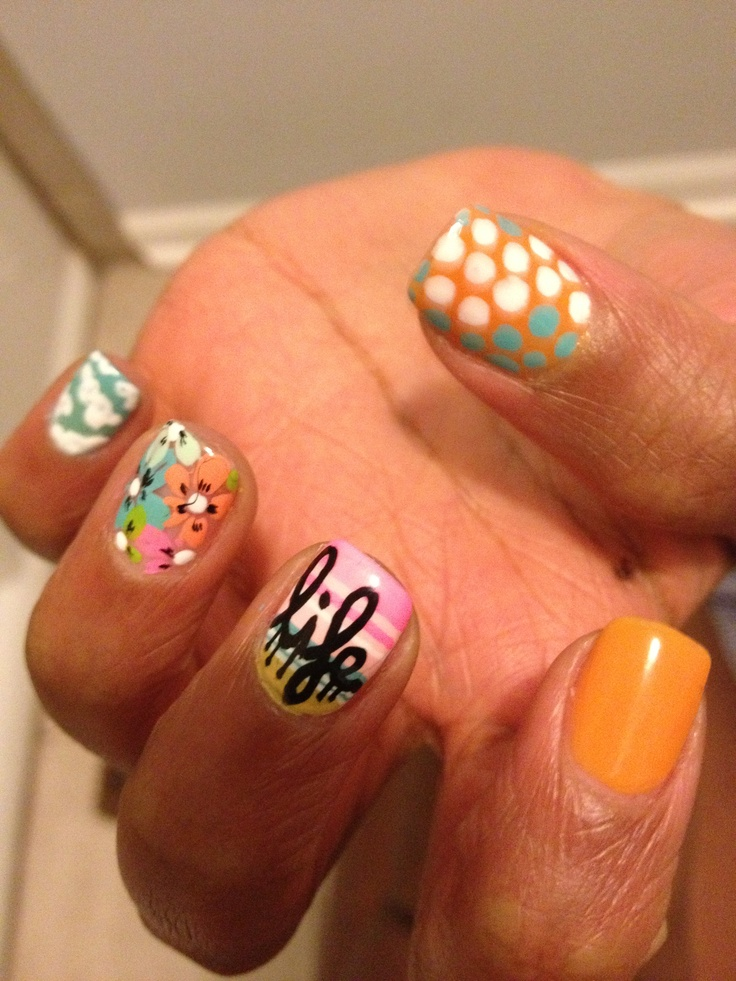 Cute summer nail design by nail artist extraordinaire, Spifster Sutton.