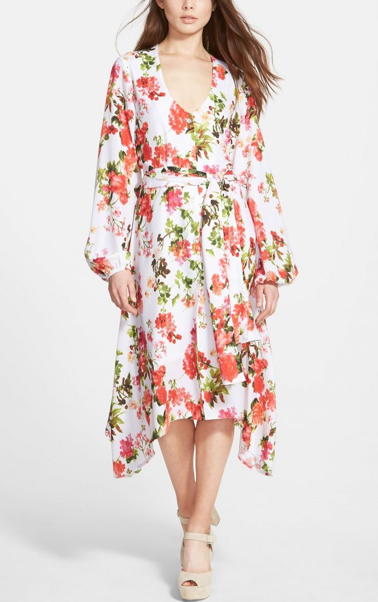 Pretty boho chic floral dress.