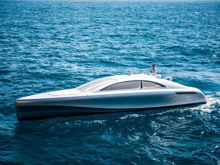 Lovely, German automaker #MercedesBenz debuted its Arrow460-Grandturismo #yacht, a sleek-looking vessel that prices at about $1.7 million.   From the side, the stylish yacht resembles a saloon style car, similar to Mercedes Model S-Class.