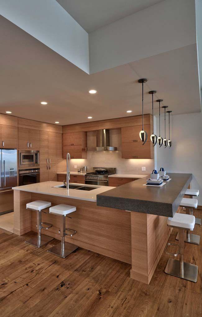Cozinha de madeira com granito marrom imperial   – My Dreamhouse
