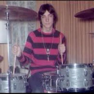 Neil Peart. One of the worlds best drummers in Rock and Roll history. <3 RUSH!!!