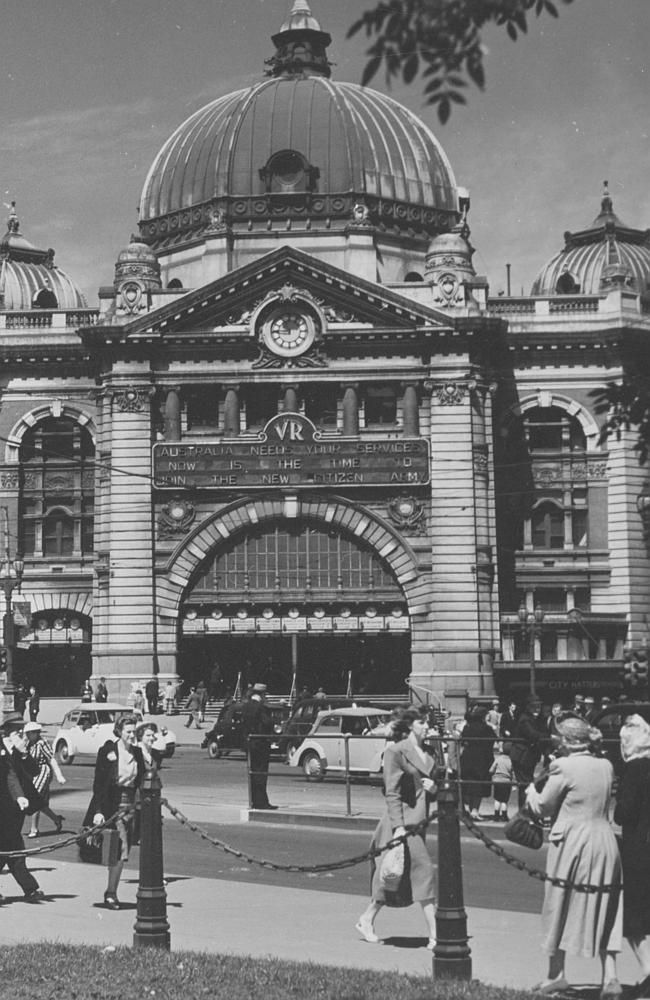 1949: Exterior of Flinders St Station. Picture: Herald Sun Image Library/ ARGUS