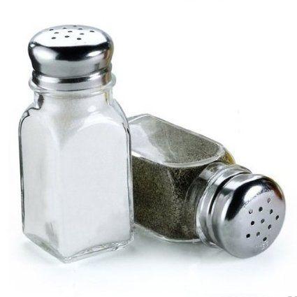 Sazone con sal y pimienta al gusto.