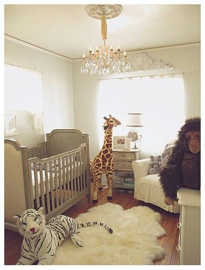 Really love this baby room from sarah stage´s baby