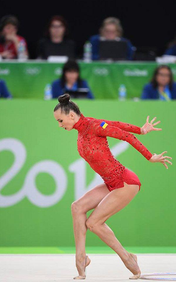 Los mejores #Maillots de gimnasia #Rítmica que hemos visto en los #JJOO2016 de rio. No te pierdas los que más destacaron en las olimpiadas. Ganna-Rizatdinova-leotard-3