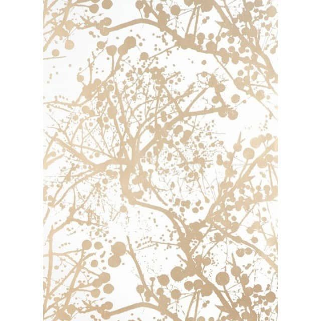 wilderness - VliestapeteDie Tapeten-Designs von ferm living sind inspiriert von der Landschaft Skandinaviens, Einflüssen aus der Mode, Architektur, Grafikdesign sowie Impressionen von Reisen oder bunten Flohmärkten. Die Entwürfe fassen grafische Muster in ein zeitgemäßes Gewand.Auf Wallsmart, einem modernen Vliesmaterial, gedruckt, lassen sich diese schön gestalteten Tapeten kinderleicht an die Wand bringen.