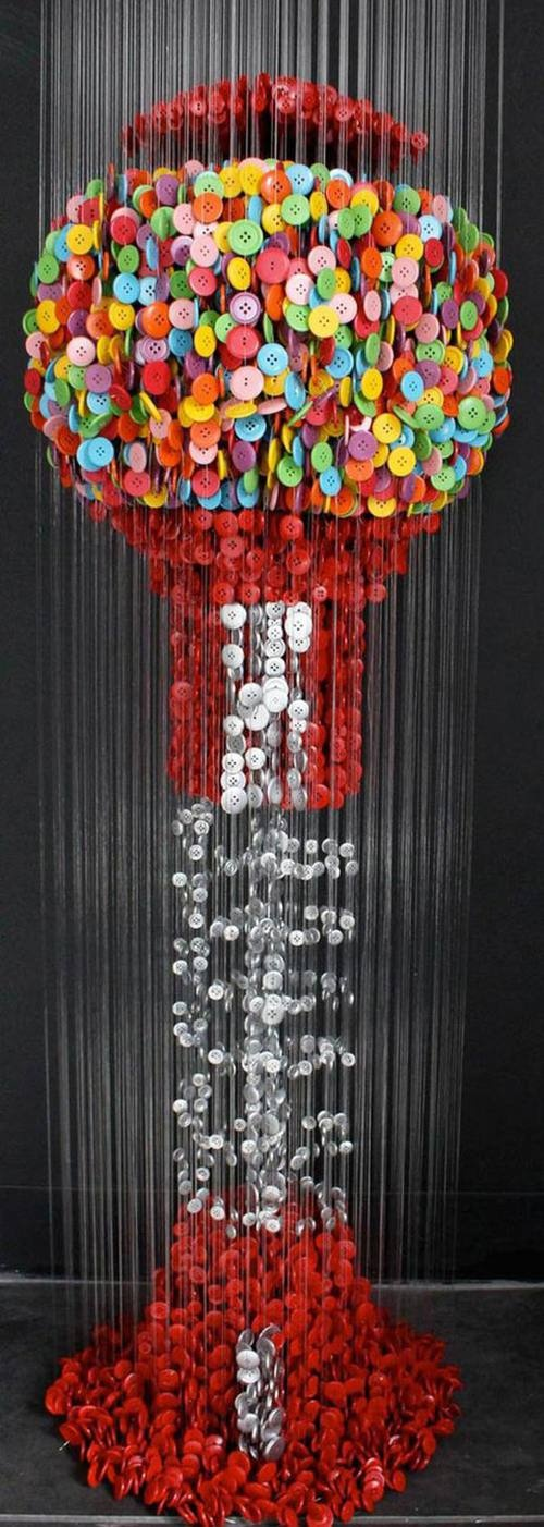 gumball machine made out of buttons! this is AMAZING! Whoever did this is very talented!!!!!