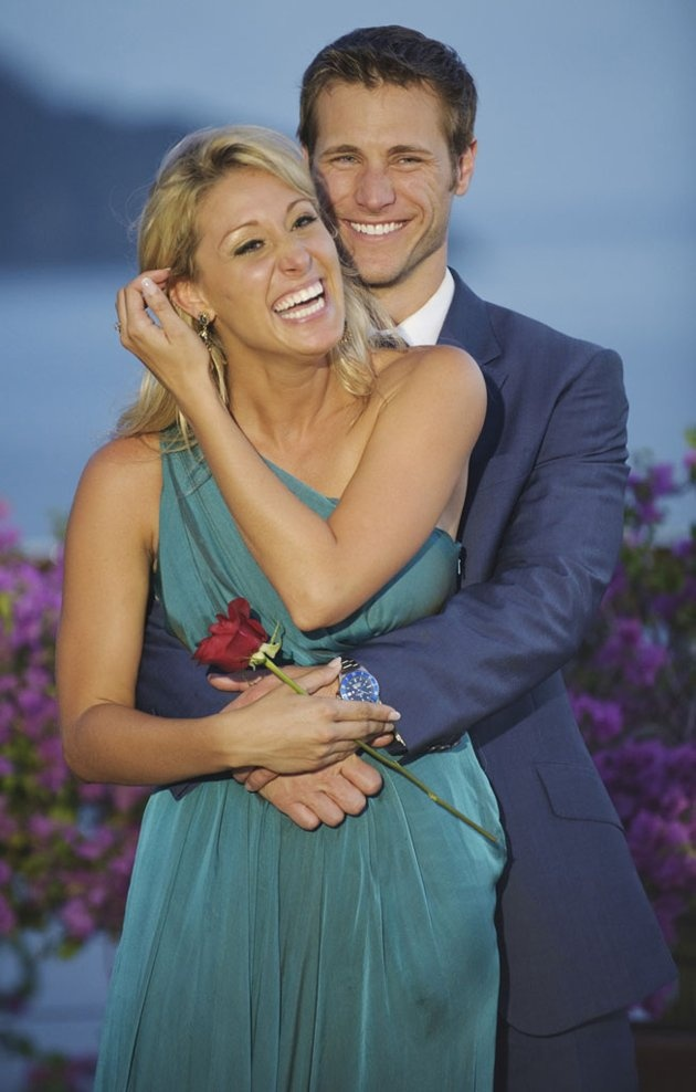 The Bachelor (Season 14) Jan. 4, 2010 ~Jake Pavelka & Vienna Girardi.  They ended their relationship in June 2010. Pavelka appeared as a celebrity contestant on the 10th season of Dancing w/the Stars. 4th place finalist Ali Fedotowsky was featured on the 6th season of The Bachelorette. Runner-up Molzahn along w/other finalists Gia, Ashley, Elizabeth,Michelle & Jessie became contestants on the 1st season of Bachelor Pad.