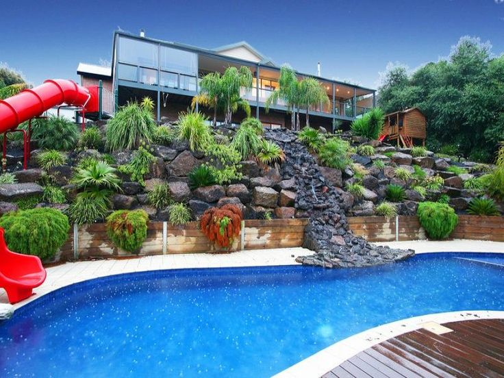 Terraced pool landscaping